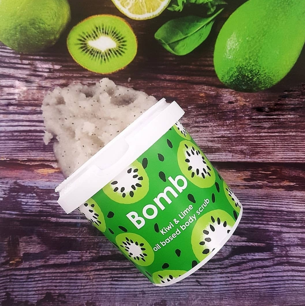 Kiwi_and_Lime_Body_Scrub_Peeling